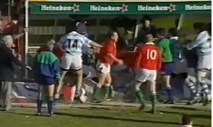 FLASHBACK. Grosse bagarre générale entre l'Argentine et le Pays de Galles en 1999.