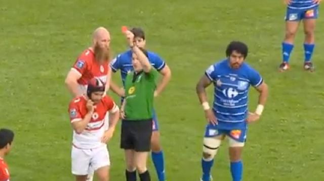 VIDEO. Pro D2. Le vilain coup de genou du Columérin Grégoire Maurino qui fait dégénérer le match contre Biarritz