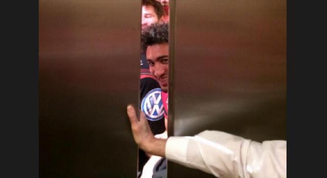 Quand 7 joueurs du RCT se retrouvent bloqués dans un ascenseur avant la rencontre Glasgow - Toulon...
