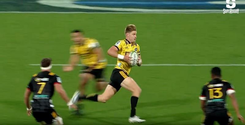 Super Rugby - D'une course chaloupée, Barrett a puni les Chiefs sur 50m [VIDÉO]