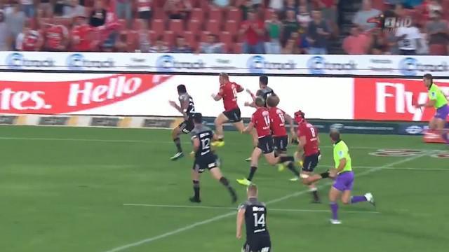 VIDEO. Super Rugby. Le talonneur des Lions Armand Van Der Merwe dépose la défense des Crusaders sur 40m
