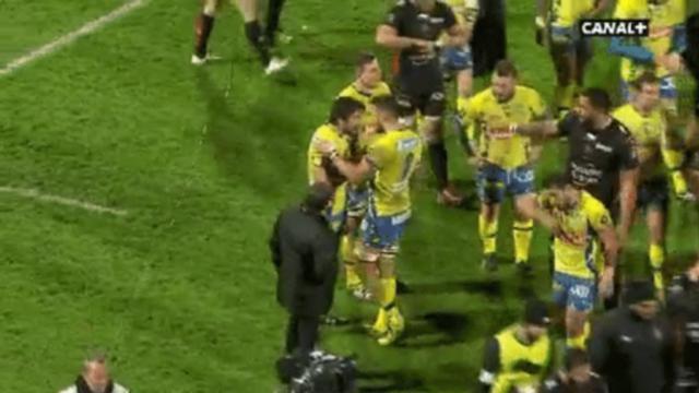 GIF. Top 14 - ASM : Julien Bardy perd ses nerfs après la lourde défaite face au RCT