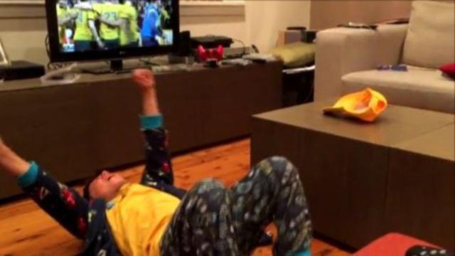 VIDEO. L'incroyable émotion d'un jeune supporter des Wallabies qui vibre lors de la fin de match de folie