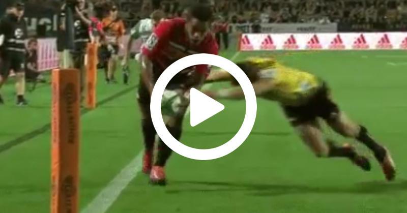 Super Rugby - Le sauvetage in extremis de Beauden Barrett face aux Chiefs ! [VIDÉO]