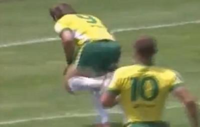 Deux beaux essais des Brésiliens en éliminatoires du mondial 2015.