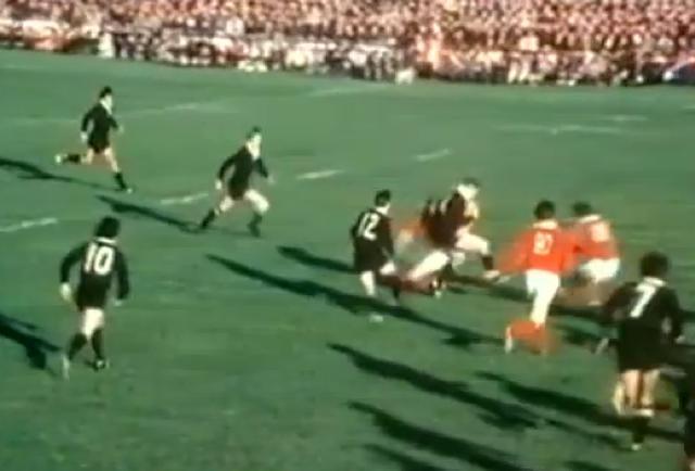 VIDÉO. FLASHBACK. Canal + revient sur le match de légende du Munster face aux All Blacks en 1978