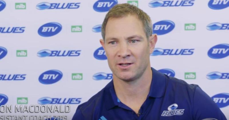 Super Rugby - Leon MacDonald remplace Tana Umaga à la tête des Blues