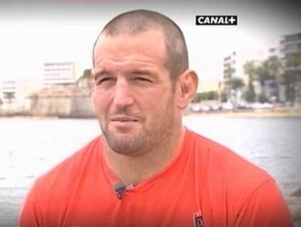 Carl Hayman impose sa force du côté de Toulon