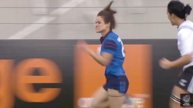 VIDÉO. Clermont 7s. Les Bleues s'inclinent contre la Nouvelle-Zélande malgré le superbe essai de Camille Grassineau
