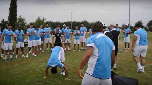 VIDEO. Top 14. Cohésion et rigolade lors des Olympiades du Castres Olympique