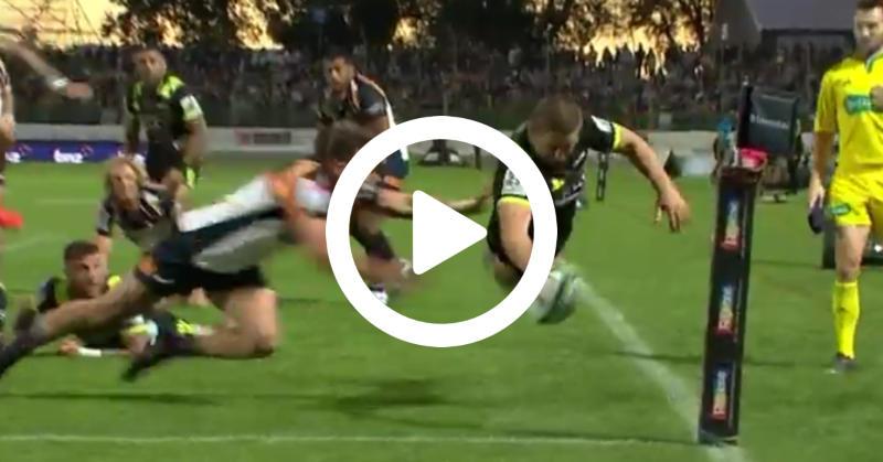 Super Rugby – Dane Coles troque son maillot de talonneur pour la cape de Superman [VIDÉO]