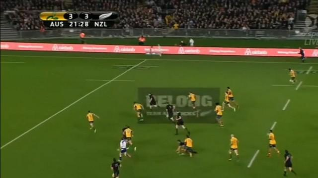 VIDEO. Bledisloe Cup. Le talonneur All Black Dane Coles enfume les Wallabies sur 40 mètres