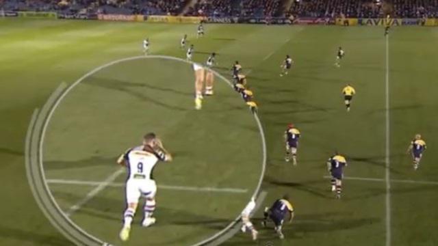 VIDEO. Entre deux passes, Danny Care prend le temps de se recoiffer
