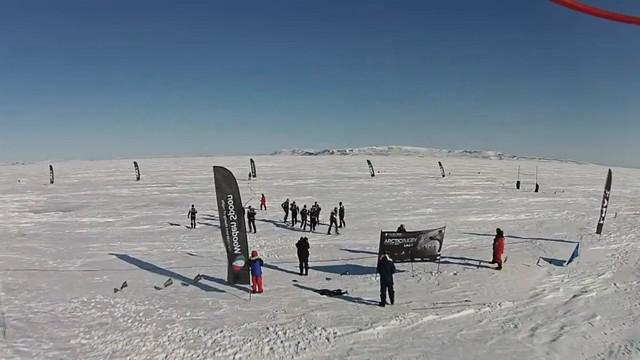 VIDEO. INSOLITE. Des internationaux anglais établissent un record du monde dans l'Arctique pour la bonne cause