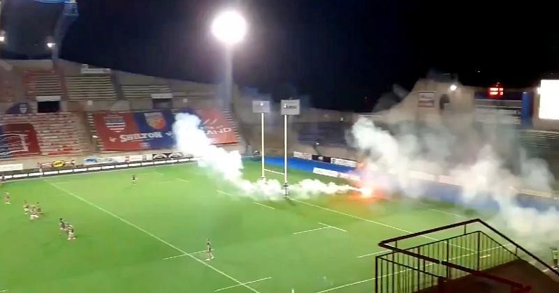 VIDEO. Pro D2. Des supporters de Béziers pénètrent dans le stade et font craquer des fumigènes
