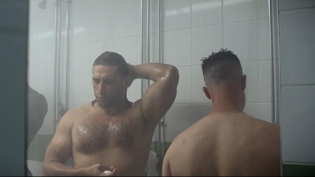 VIDEO. INSOLITE. Dimitri Szarzewski chante une ballade irlandaise sous la douche