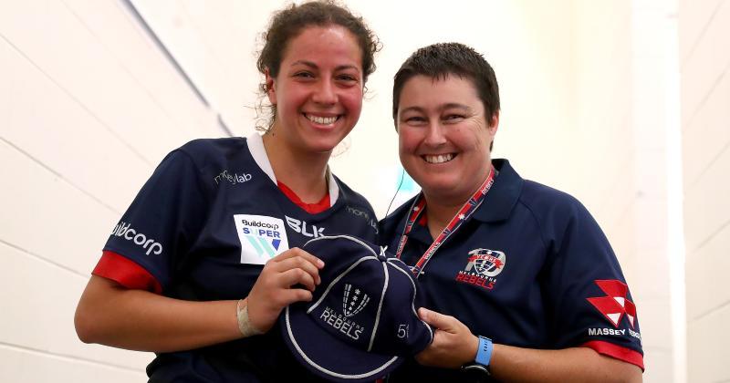 Elle découvre le rugby contre son gré mais vit un rêve en Australie : l'histoire inspirante de Nawel Remini