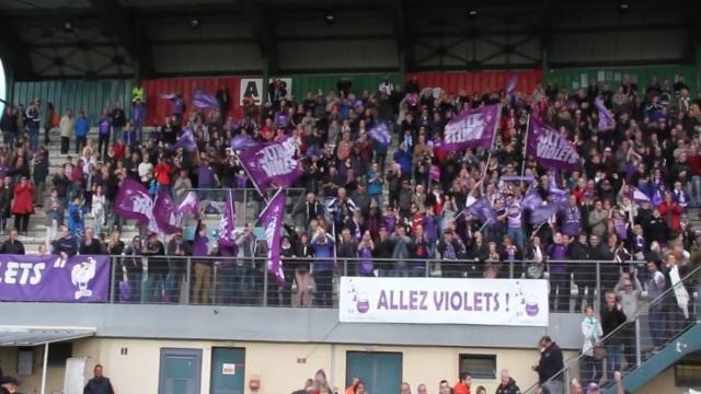 VIDEO. Fédérale 1 : l'intense moment de communion entre les joueurs de Bourg-en-Bresse et leur fidèle public