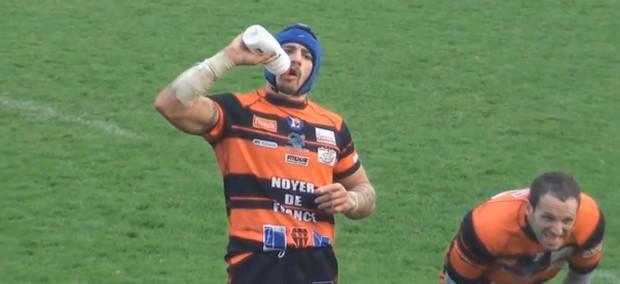 Rugby Amateur 5:  Pascal de Figeac a soif... et le fait comprendre
