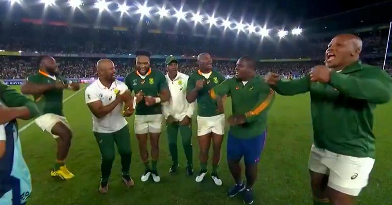 FINALE COUPE DU MONDE : la danse de la victoire des Springboks ! [VIDÉO]