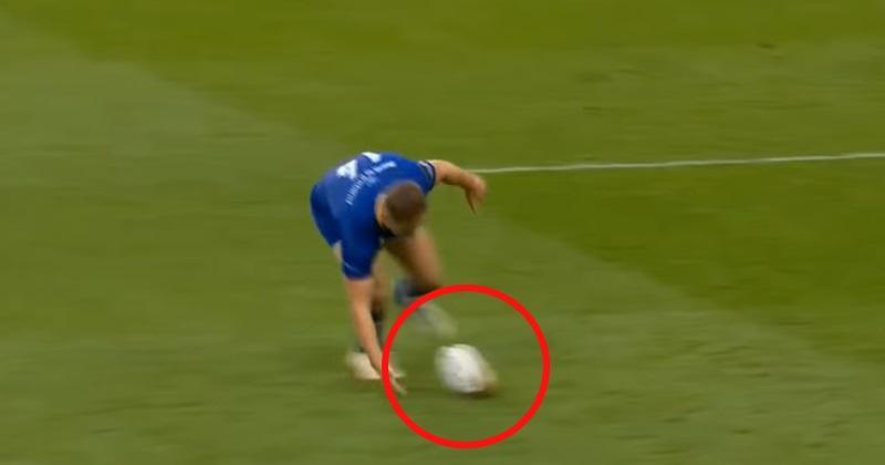 VIDEO. Finale PRO 14 : Jordan Larmour ramasse le ballon à une main en pleine accélération et file à l'essai