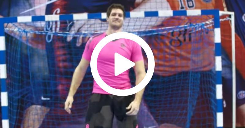 WTF - Quand les joueurs du Stade Français s'essayent au handball [Vidéo]