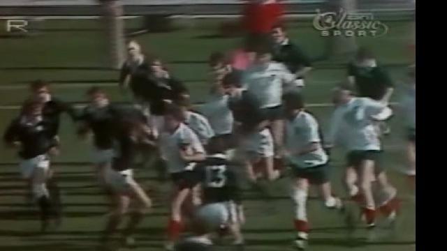 VIDÉO. FLASHBACK. 1977. Le légendaire Gérard Cholley allonge deux Écossais au Parc des Princes