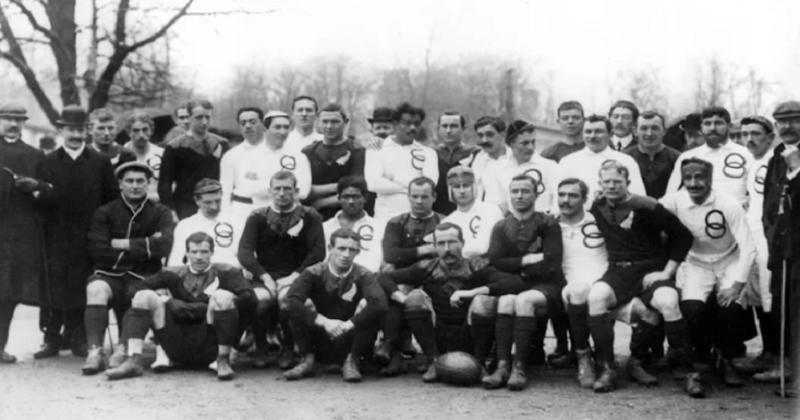 FLASHBACK. Le premier match officiel de l'équipe de France de rugby en 1906 !