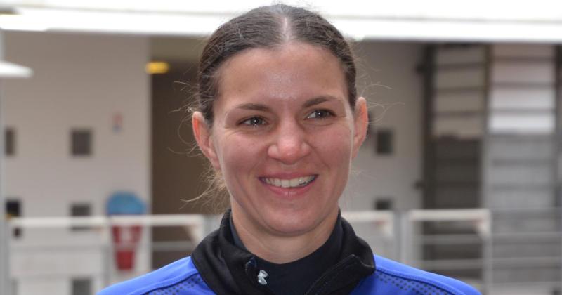 Qui est Aurélie Groizeleau, arbitre internationale féminine ? [INTERVIEW]