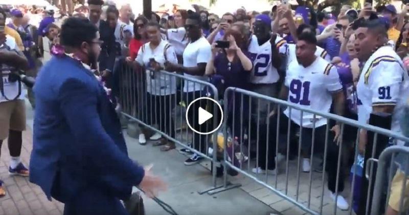 VIDEO. Insolite: un Haka au football Americain