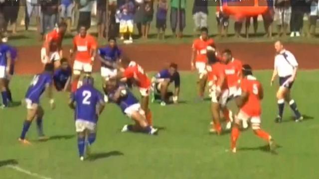 VIDEO. Samoa - Tonga. Halaifonua vs Taulafo : Quand un arrière met une cartouche à un pilier....