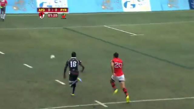 VIDEO. Hong Kong Tens. Jean-Yves Zebango met les cannes pour le bel essai du Pyrénées Rugby Seven