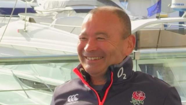 Eddie Jones, sélectionneur anglais et consultant japonais