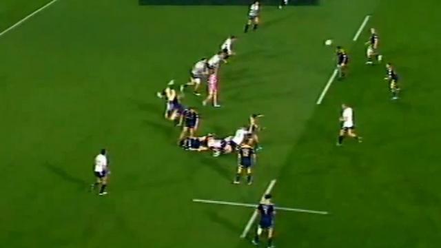VIDEO. Super Rugby - Kurt Baker prend six semaines pour son plaquage cathédrale sur Nick Stirzaker