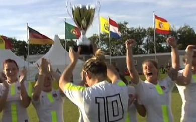Les p'tites Anglaises remportent le Ameland Sevens
