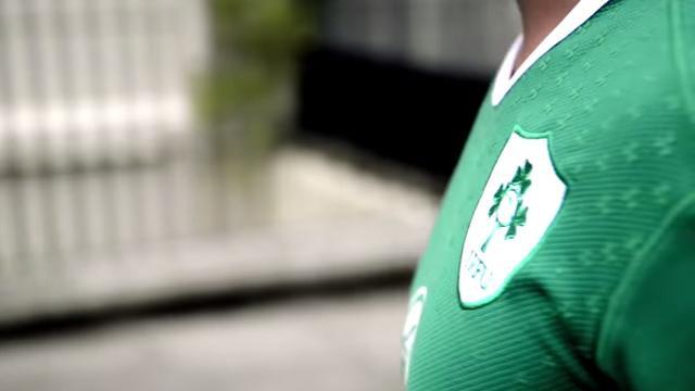 VIDEO. L'Irlande dévoile son nouveau maillot