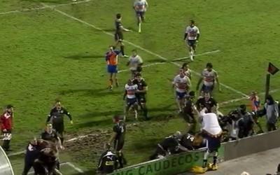 La bagarre entre Agen et Biarritz en Top 14