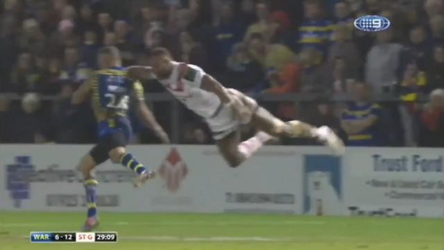 VIDEO. Rugby à XIII. Une corde à linge en plein vol et pas de carton