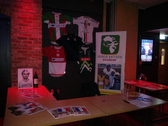 La Coupe Autour du Monde #9 : Du stade au pub, France - Roumanie et Angleterre - Pays de Galles comme si vous y étiez