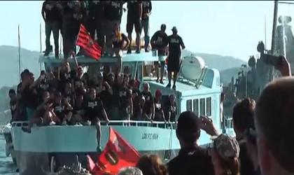 Folie à Toulon pour fêter le retour des champions d'Europe