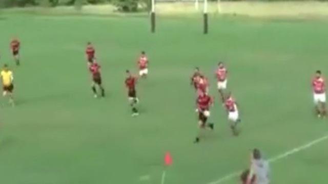 VIDEO. Rugby amateur #68 : il mystifie ses adversaires avec une feinte de croisée et un 180° avec le ballon