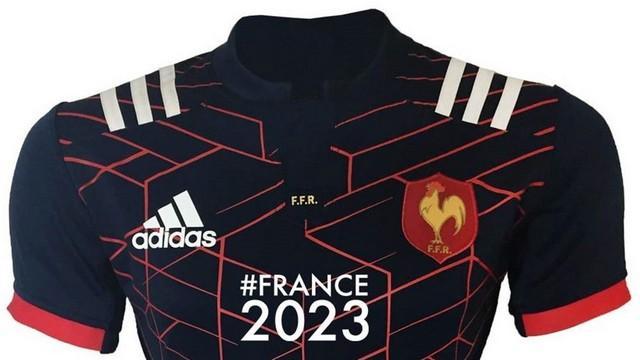 La FFR présente le maillot du XV de France sponsorisé par Altrad
