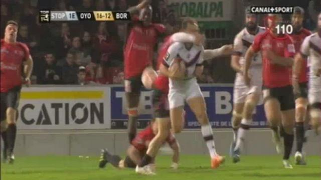 VIDEO. Top 14 - Oyonnax - UBB. La manchette de Pierre Aguillon sur Nicolas Sanchez