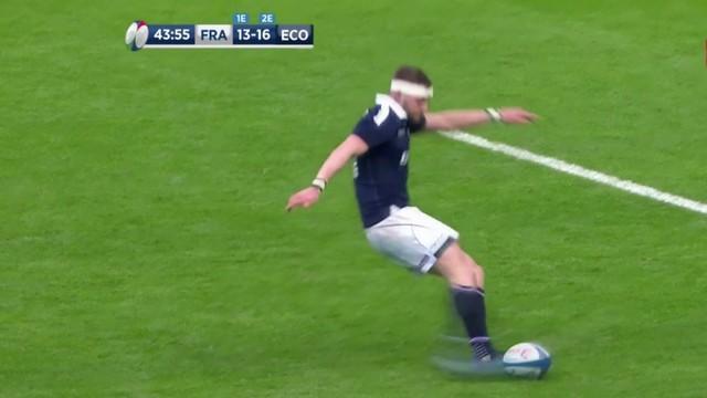 VIDÉO. 6 Nations - La raison derrière l'énorme raté de Finn Russell face au XV de France