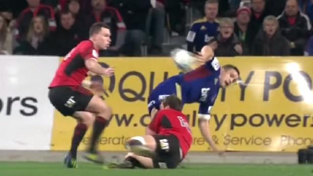 VIDEO. La compilation des passes les plus spectaculaires du rugby