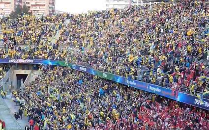 La Yellow Army met le feu à la Mosson