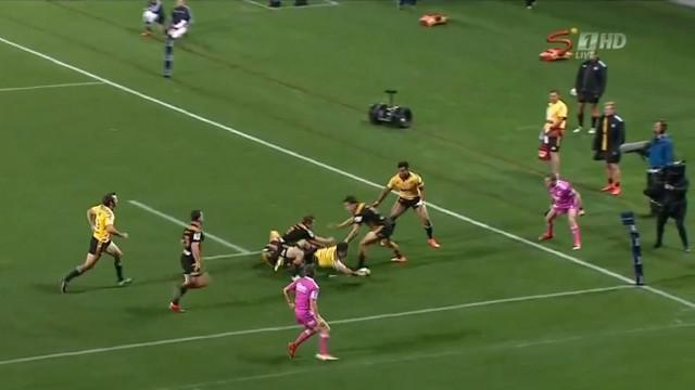 VIDEO. Super 15. Le bijou de passe de Nehe Milner-Skudder pour Julian Savea