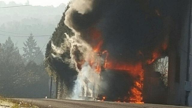 Le bus de l'US Cognac prend feu, 39 enfants évacués sains et saufs