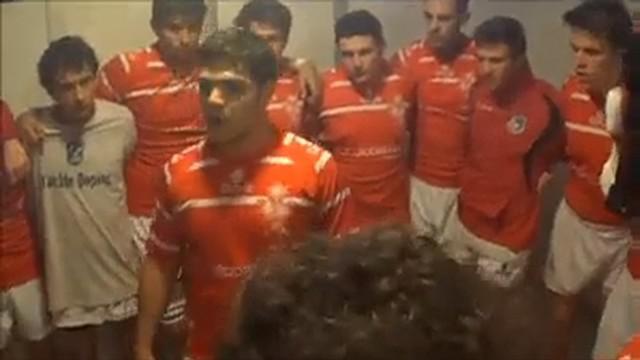VIDEO. INSOLITE. Le capitaine de Suisse U18 distribue des claques pour enflammer ses troupes