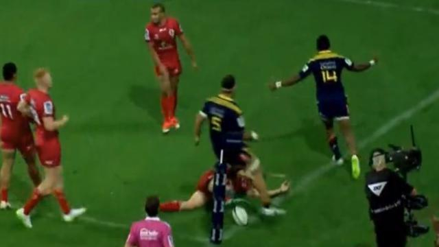 VIDEO. Super Rugby : le futur Clermontois Waisake Naholo se paye la défense des Reds